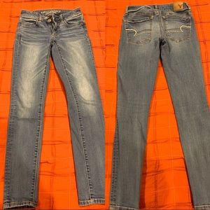 Size 2R American Eagle Jeans